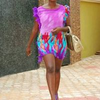 Reminiscent of Yvonne Nelson